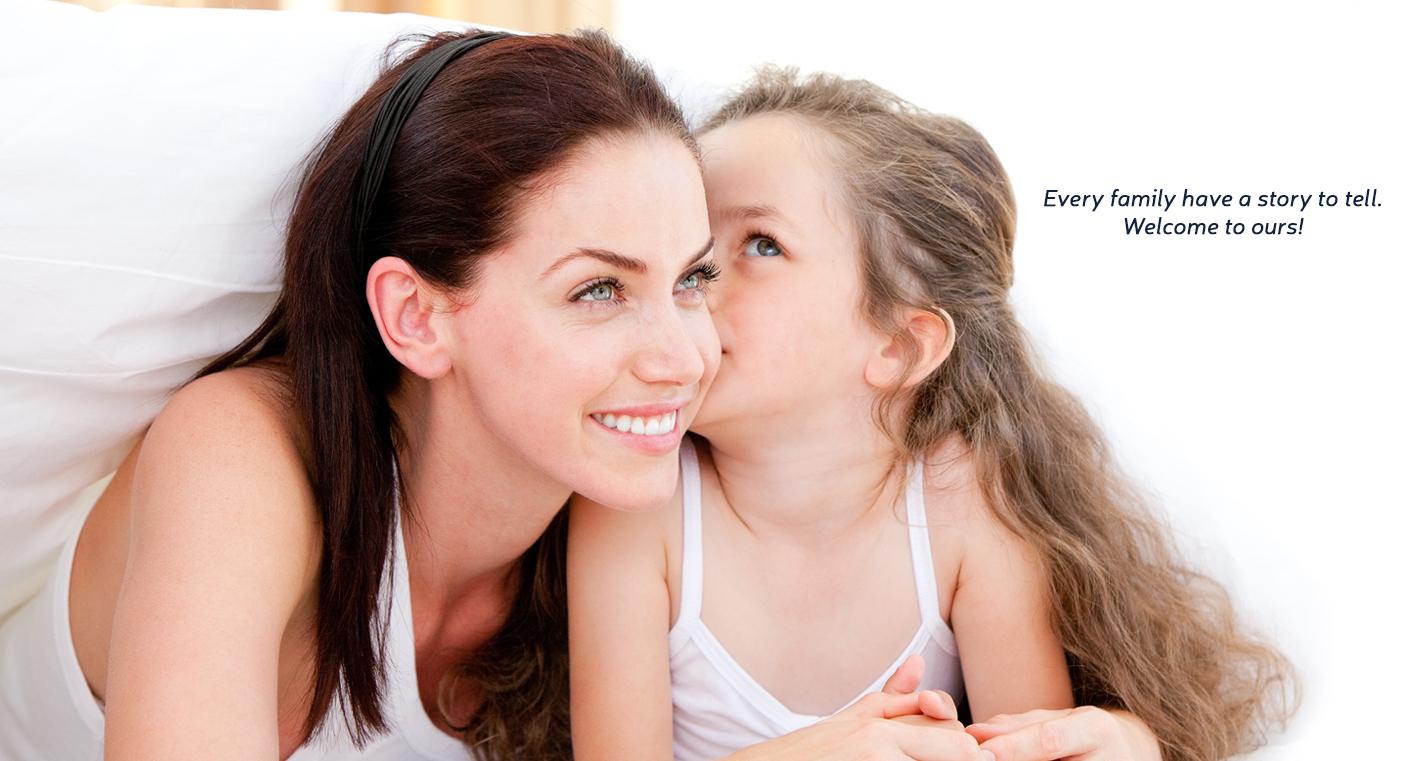 Смотреть как целуются дочка с мамой 18 фотография